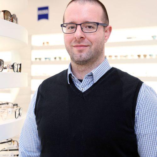 Očný technik